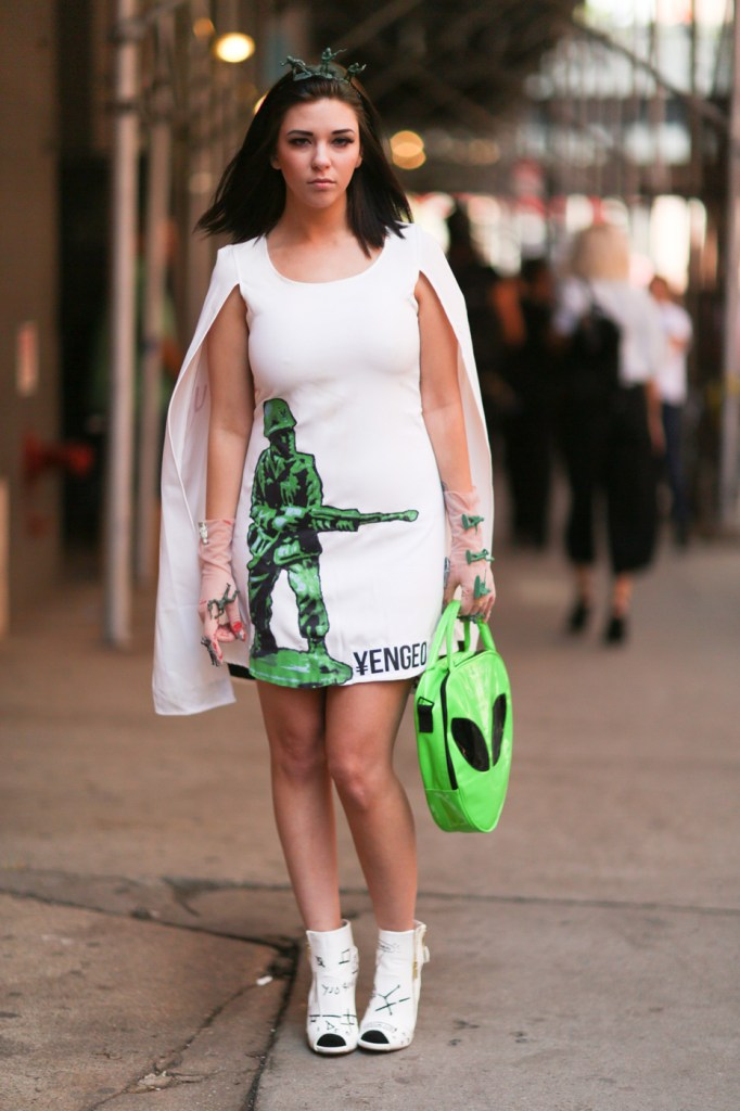 new-york-street-style-nyfw-day-7-sept-2014-the-impression-037