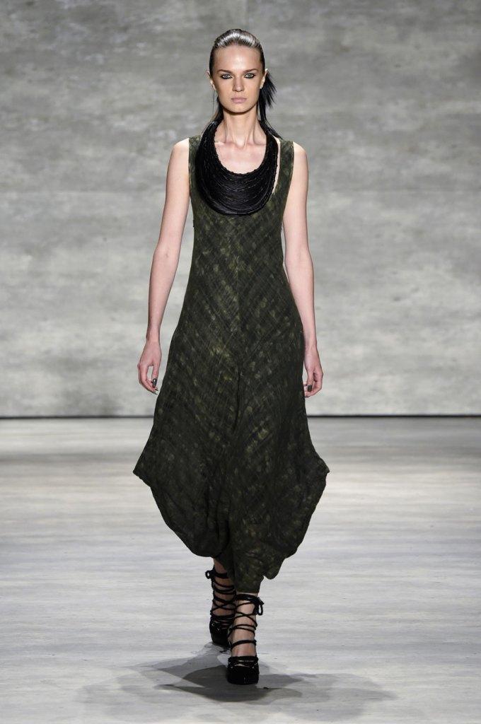 Nicholas-K-spring-2015-runway-fashion-show-the-impression-001