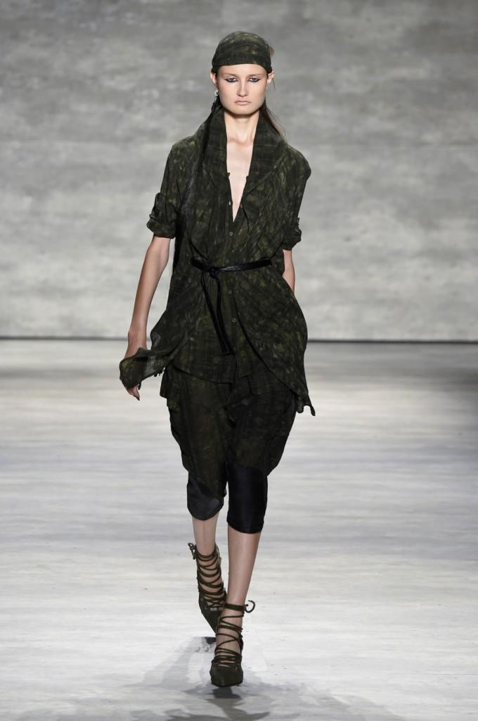Nicholas-K-spring-2015-runway-fashion-show-the-impression-003