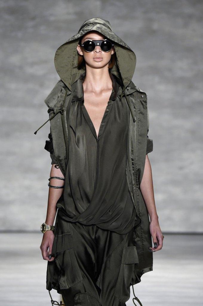 Nicholas-K-spring-2015-runway-fashion-show-the-impression-008