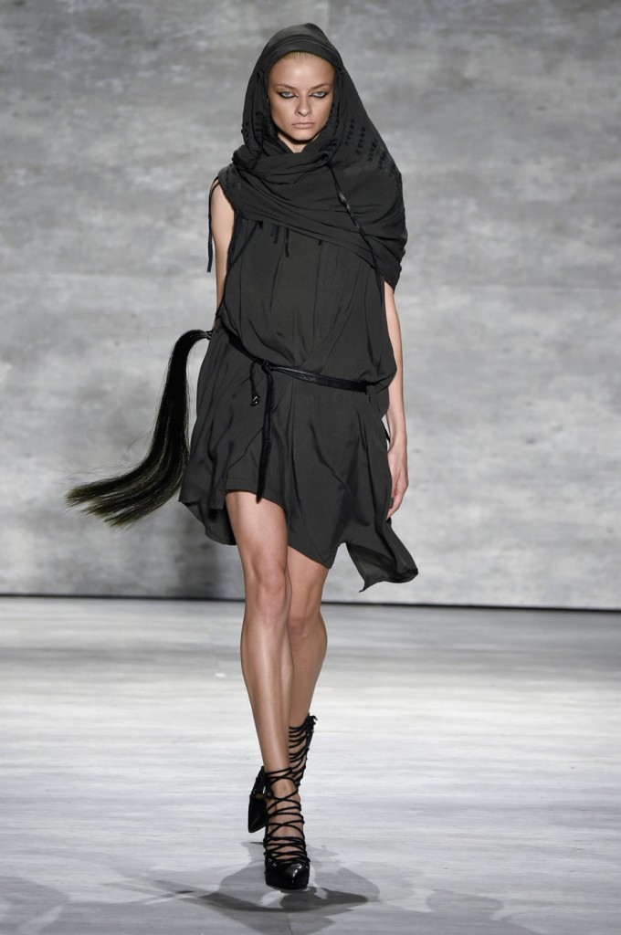 Nicholas-K-spring-2015-runway-fashion-show-the-impression-015