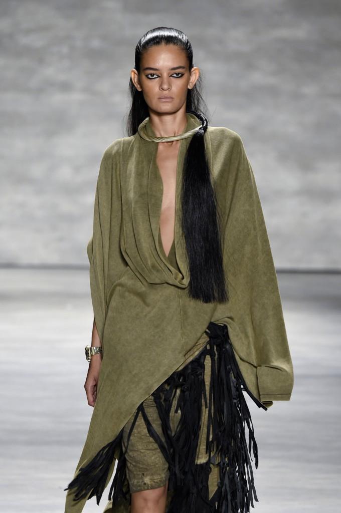 Nicholas-K-spring-2015-runway-fashion-show-the-impression-040