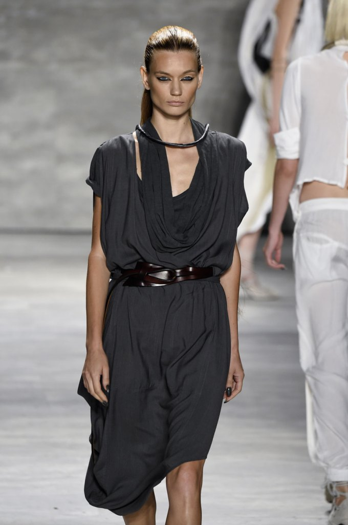 Nicholas-K-spring-2015-runway-fashion-show-the-impression-052