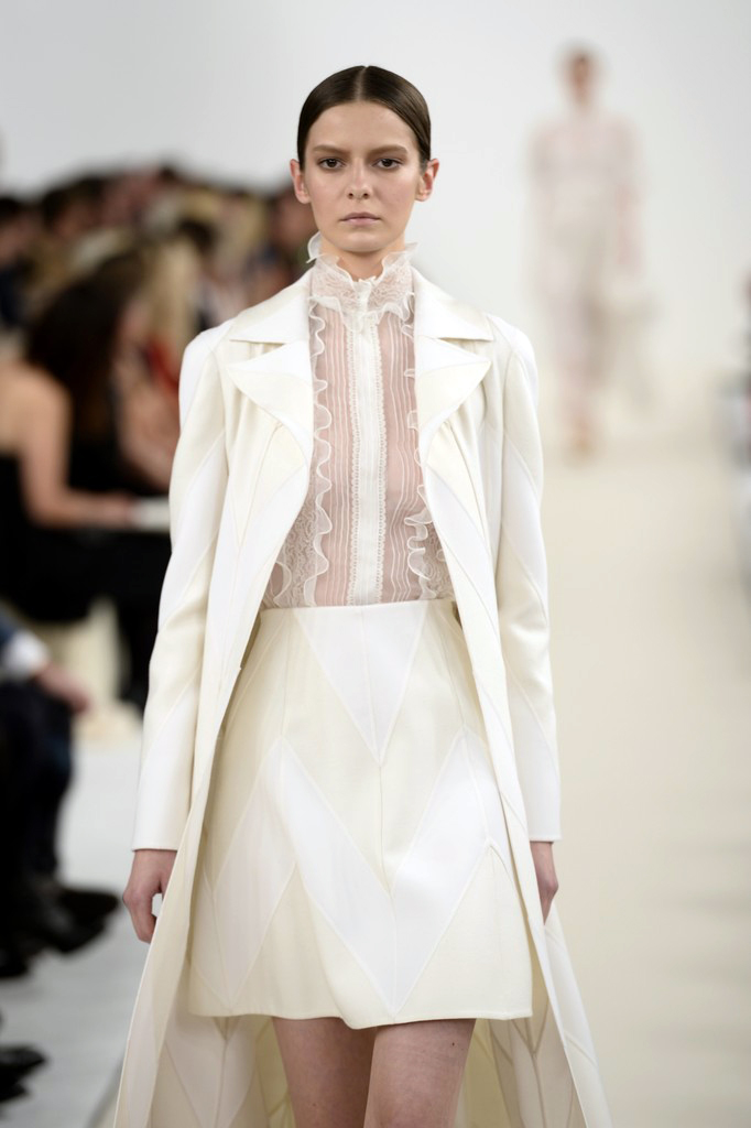 valentino-haute-couture-2015-the-impression-56