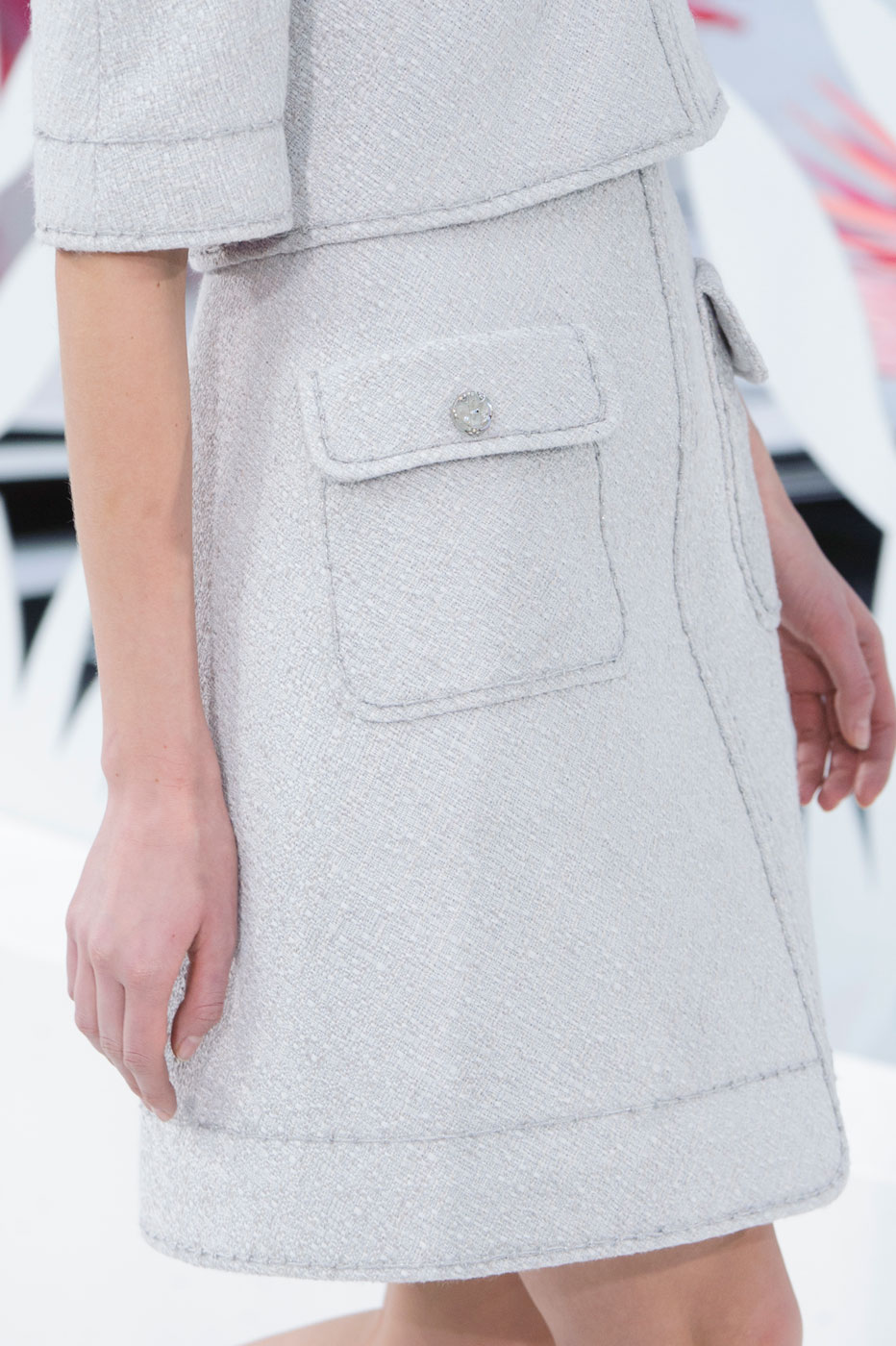 Chanel-fashion-runway-show-close-ups-haute-couture-paris-spring-summer-2015-the-impression-013