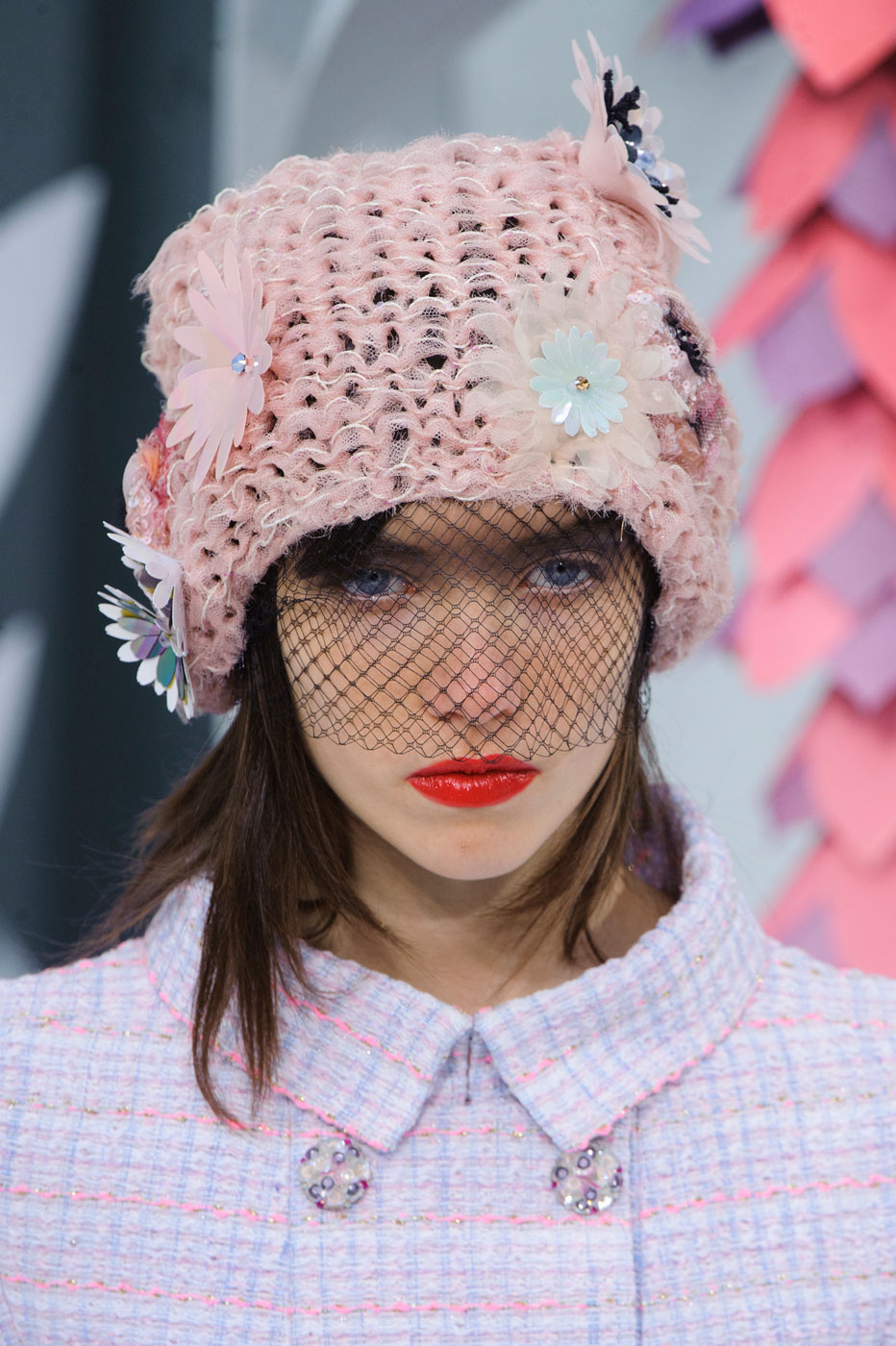 Chanel-fashion-runway-show-close-ups-haute-couture-paris-spring-summer-2015-the-impression-018