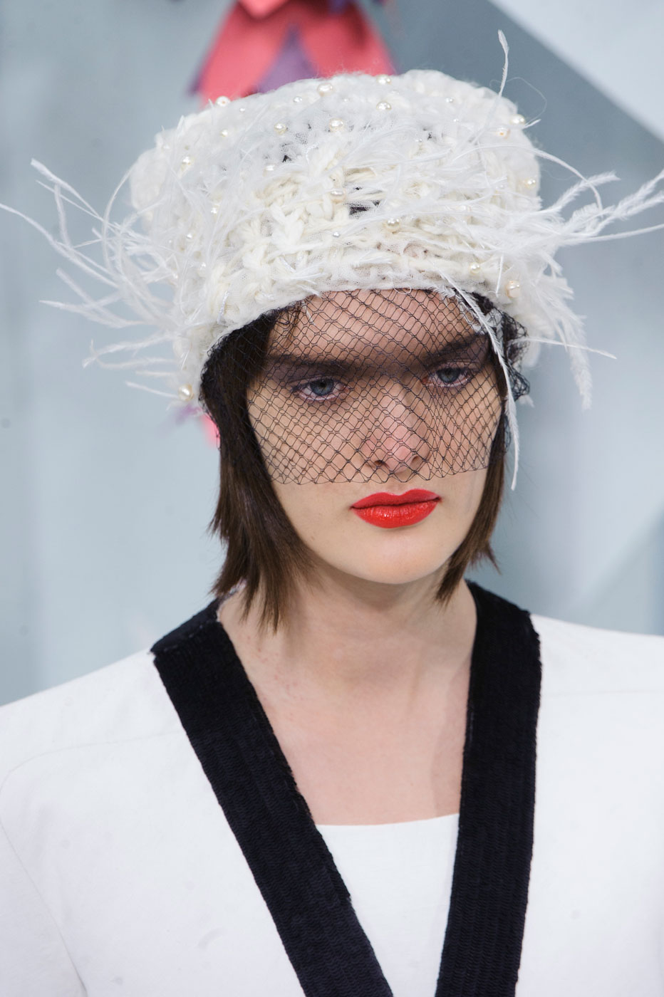 Chanel-fashion-runway-show-close-ups-haute-couture-paris-spring-summer-2015-the-impression-023
