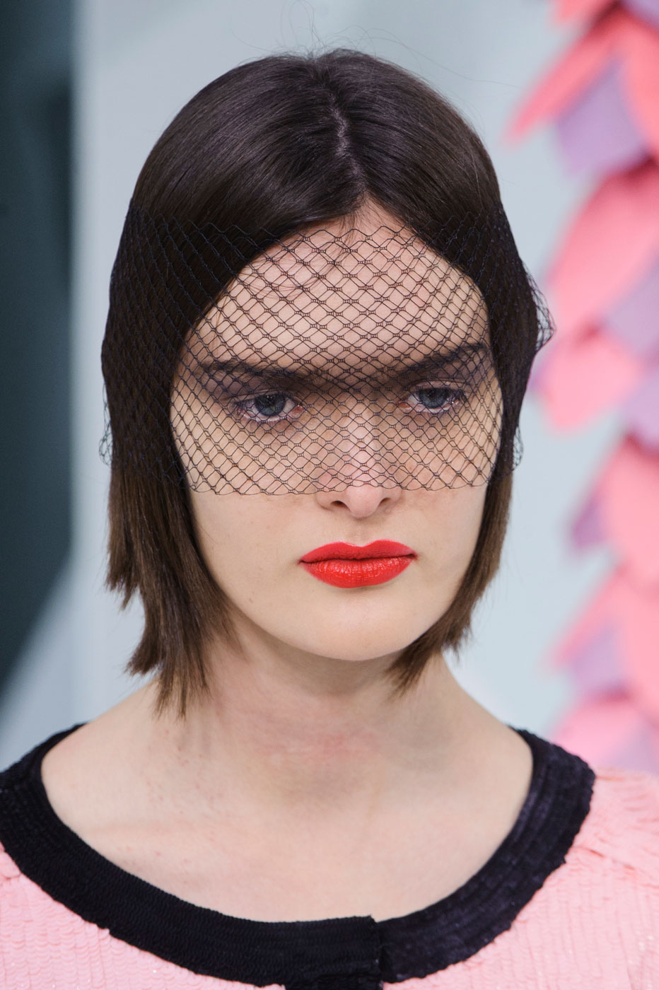 Chanel-fashion-runway-show-close-ups-haute-couture-paris-spring-summer-2015-the-impression-109