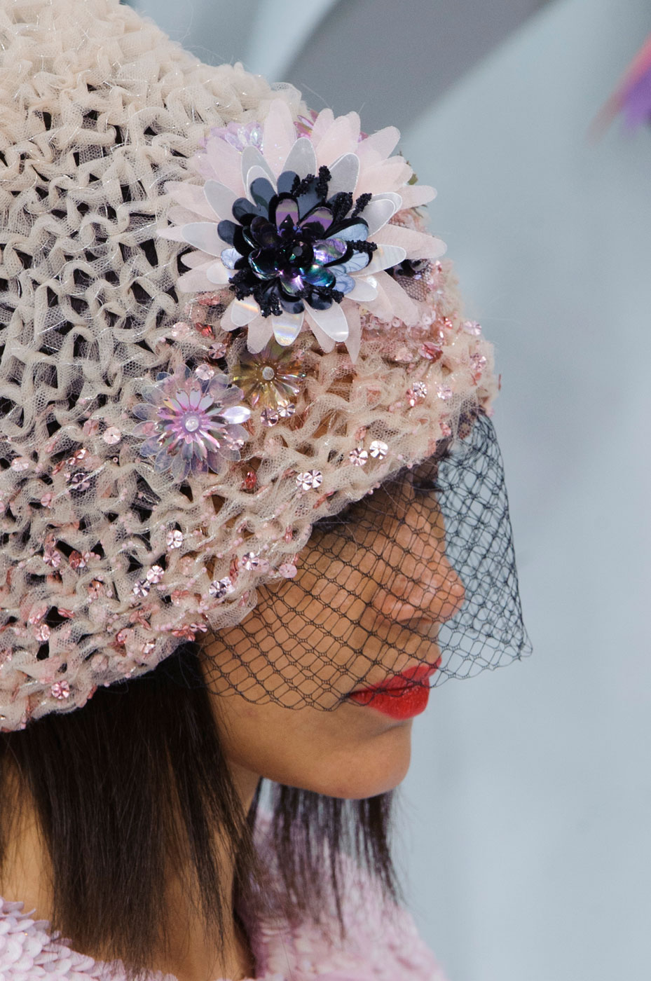Chanel-fashion-runway-show-close-ups-haute-couture-paris-spring-summer-2015-the-impression-115