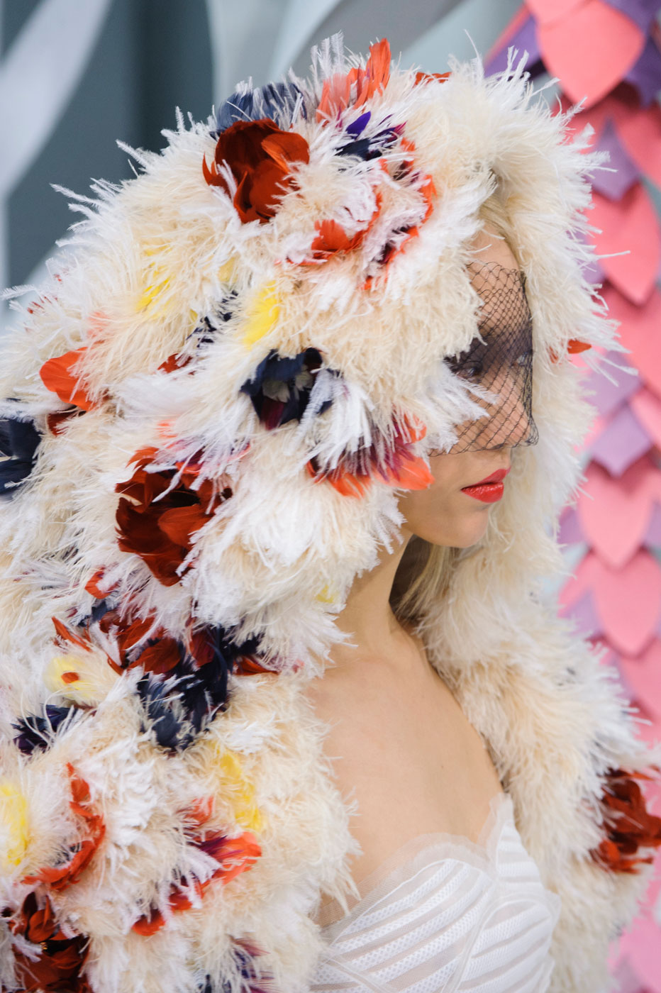 Chanel-fashion-runway-show-close-ups-haute-couture-paris-spring-summer-2015-the-impression-133