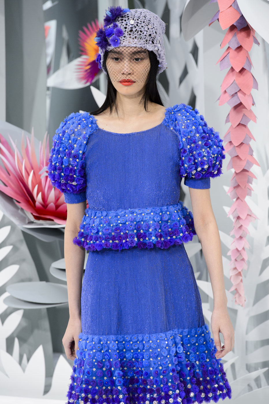 Chanel-fashion-runway-show-haute-couture-paris-spring-summer-2015-the-impression-089