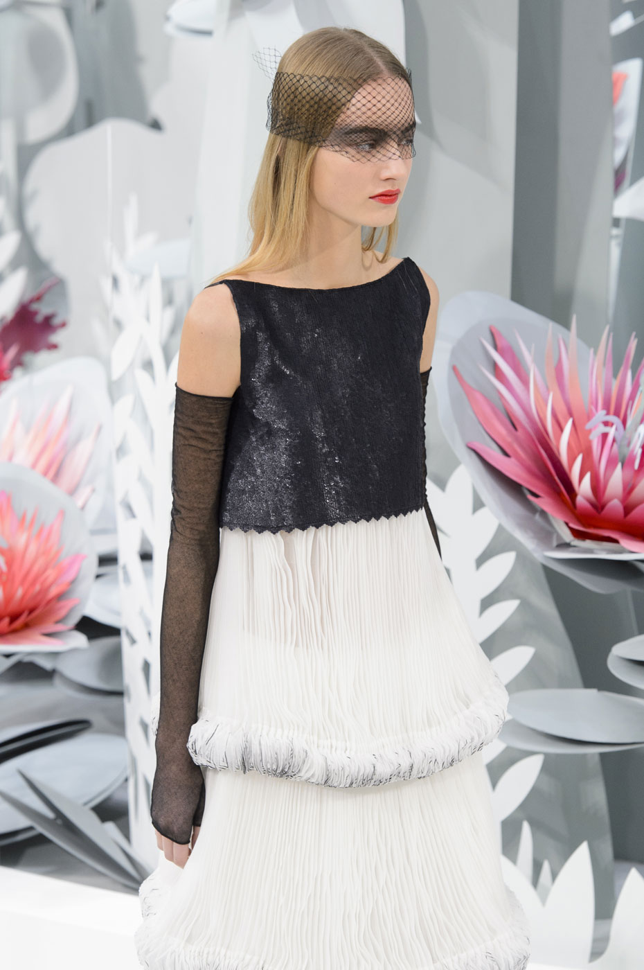 Chanel-fashion-runway-show-haute-couture-paris-spring-summer-2015-the-impression-118