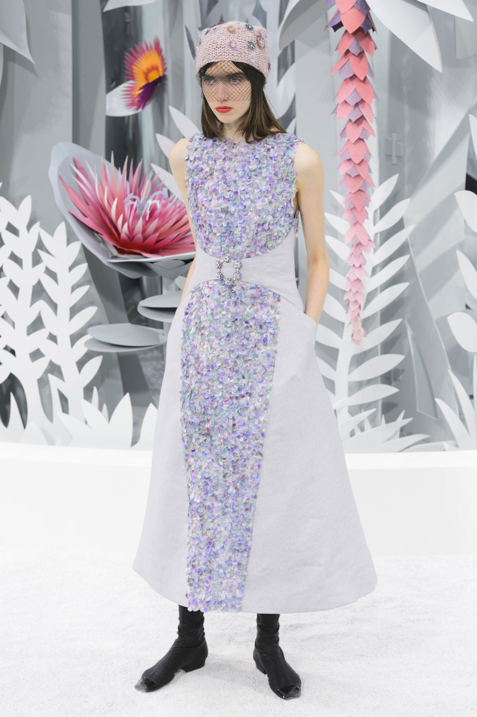 Chanel-fashion-runway-show-haute-couture-paris-spring-summer-2015-the-impression-129