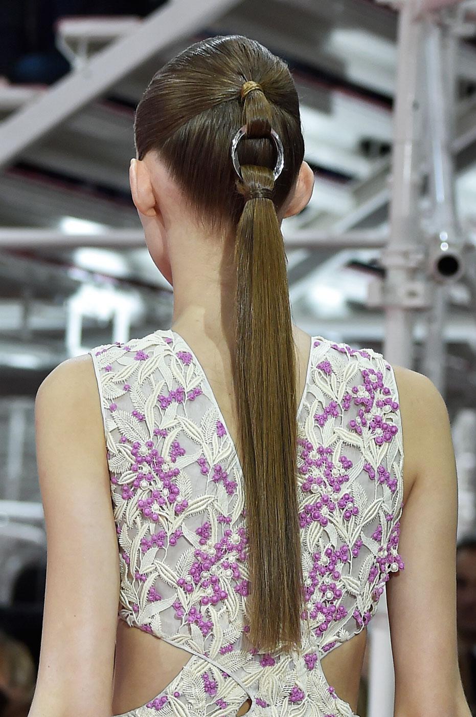 Christian-Dior-fashion-runway-show-close-ups-haute-couture-paris-spring-summer-2015-the-impression-059