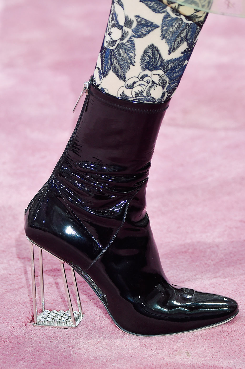 Christian-Dior-fashion-runway-show-close-ups-haute-couture-paris-spring-summer-2015-the-impression-077