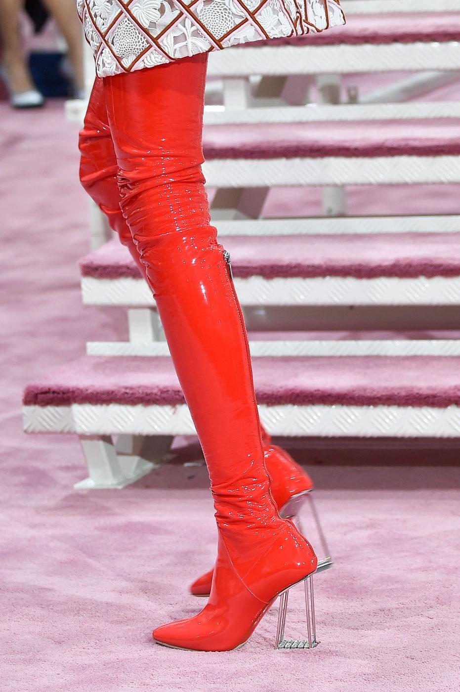Christian-Dior-fashion-runway-show-close-ups-haute-couture-paris-spring-summer-2015-the-impression-086