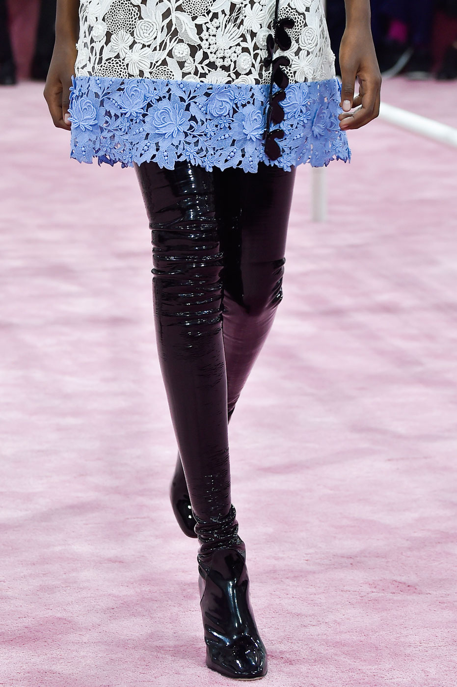 Christian-Dior-fashion-runway-show-close-ups-haute-couture-paris-spring-summer-2015-the-impression-091