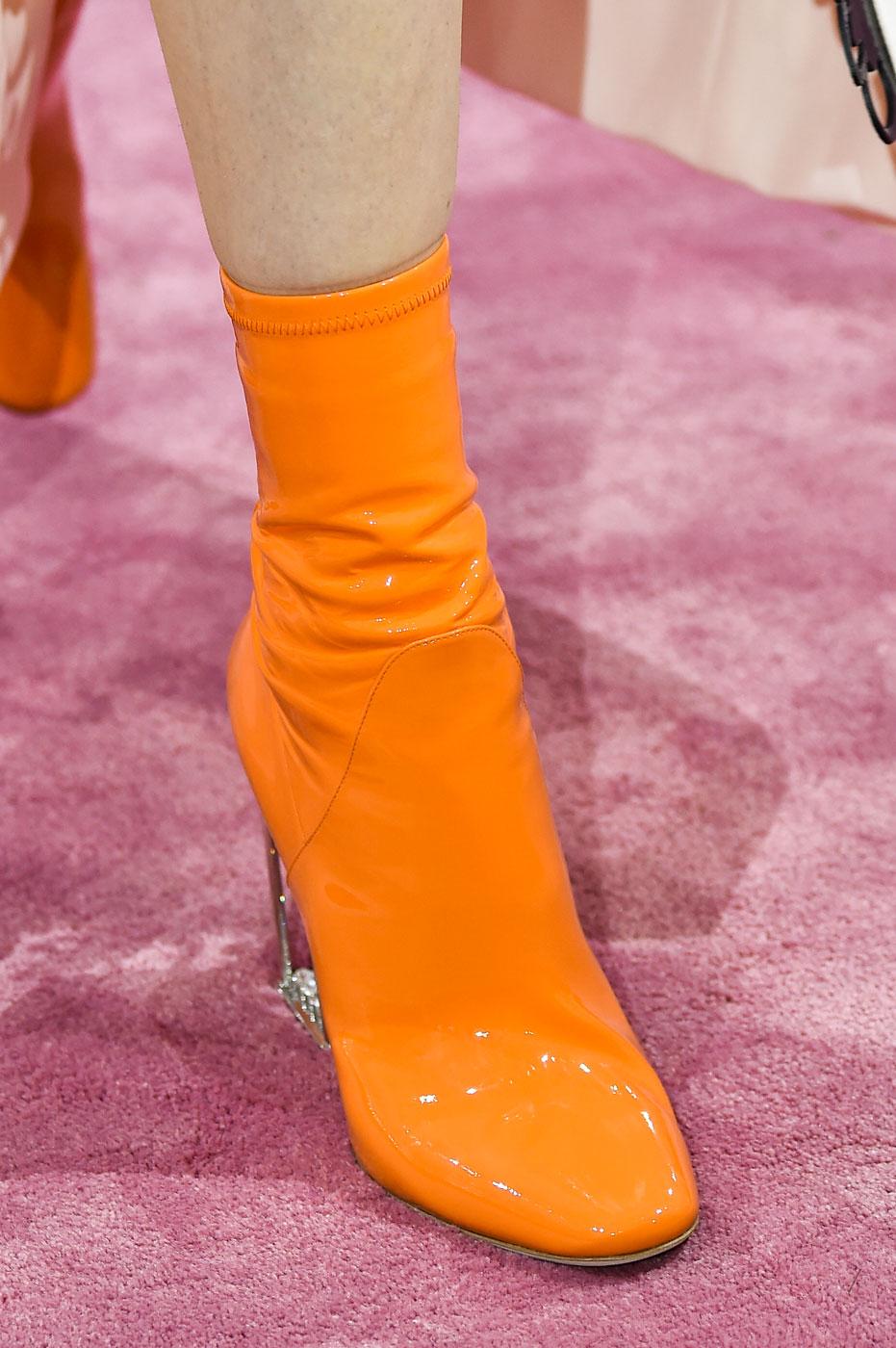 Christian-Dior-fashion-runway-show-close-ups-haute-couture-paris-spring-summer-2015-the-impression-120