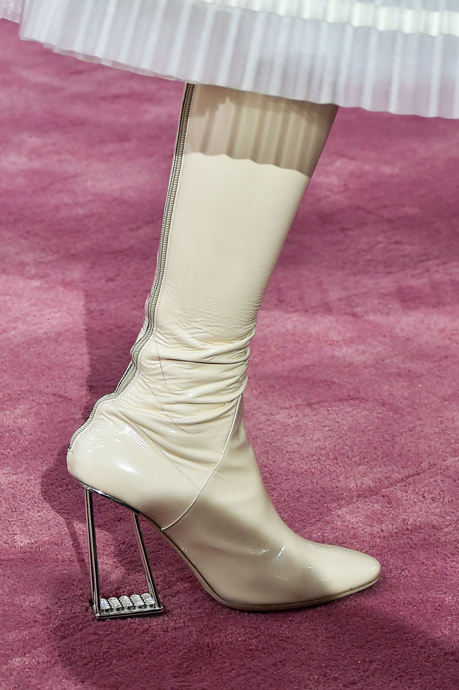 Christian-Dior-fashion-runway-show-close-ups-haute-couture-paris-spring-summer-2015-the-impression-144