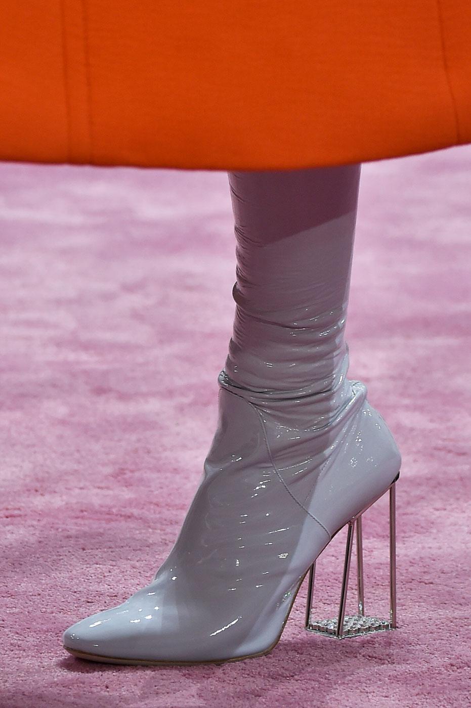 Christian-Dior-fashion-runway-show-close-ups-haute-couture-paris-spring-summer-2015-the-impression-178