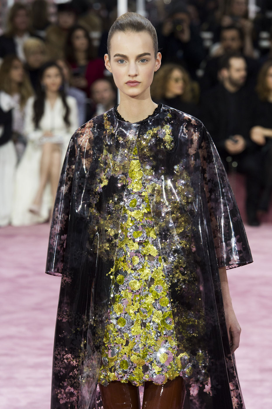 Christian-Dior-fashion-runway-show-haute-couture-paris-spring-summer-2015-the-impression-006