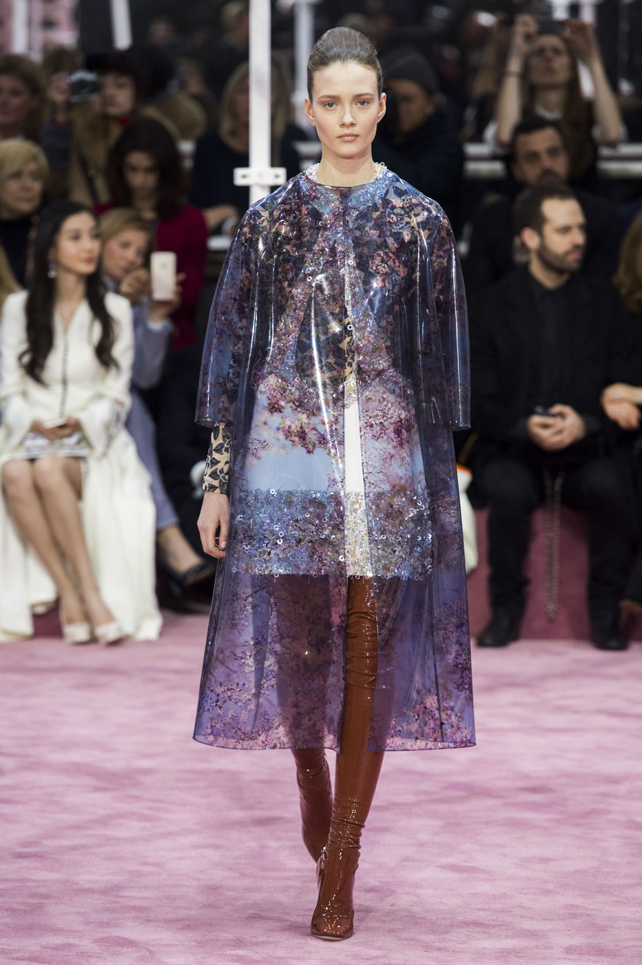 Christian-Dior-fashion-runway-show-haute-couture-paris-spring-summer-2015-the-impression-047