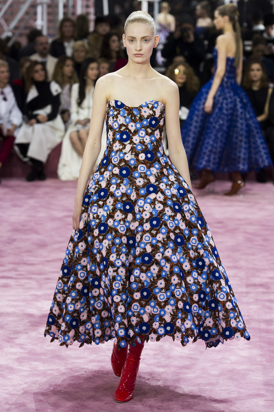 Christian-Dior-fashion-runway-show-haute-couture-paris-spring-summer-2015-the-impression-076