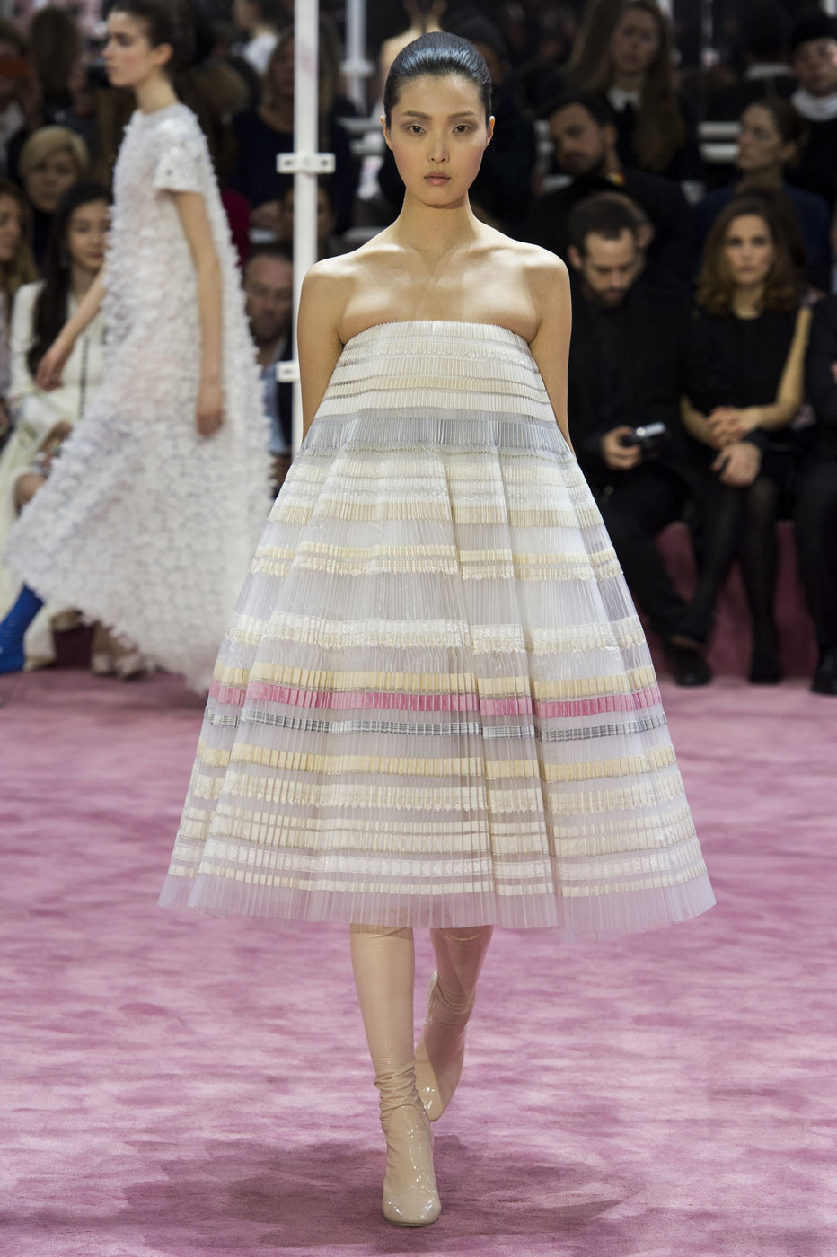 Christian-Dior-fashion-runway-show-haute-couture-paris-spring-summer-2015-the-impression-104