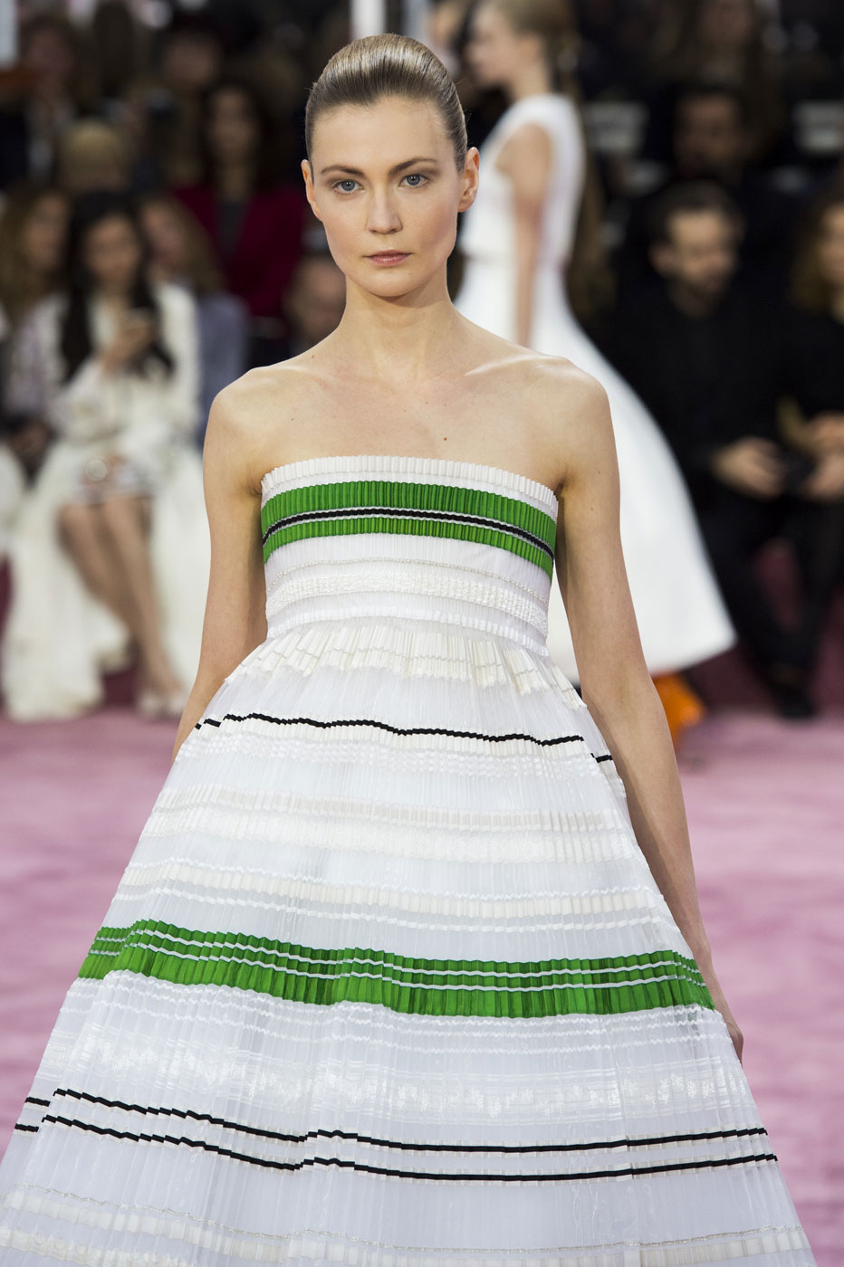 Christian-Dior-fashion-runway-show-haute-couture-paris-spring-summer-2015-the-impression-107