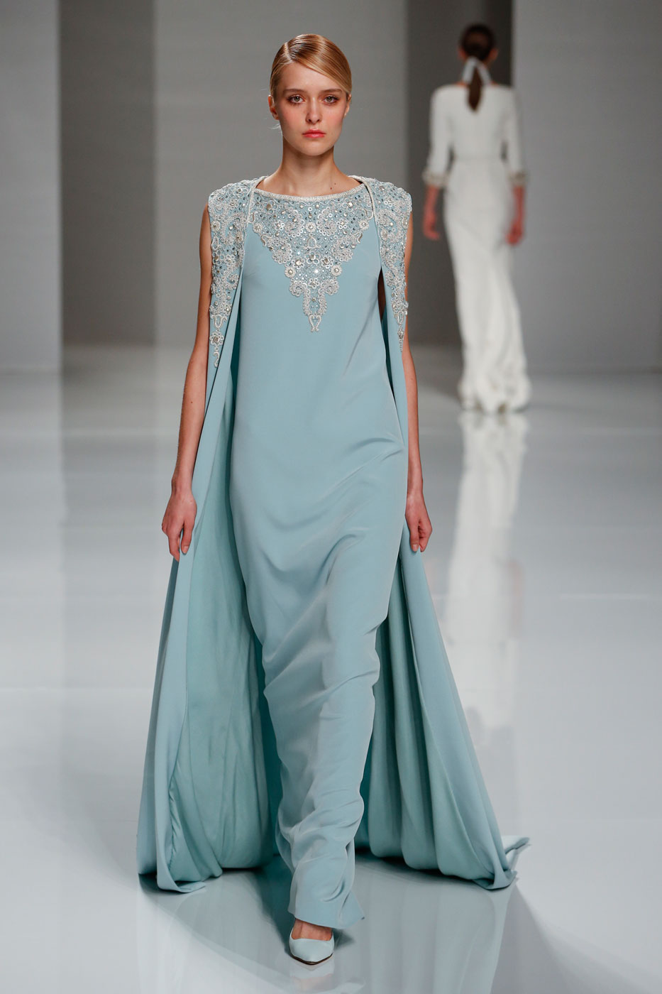 Georges-Hobeika-fashion-runway-show-haute-couture-paris-spring-2015-the-impression-37
