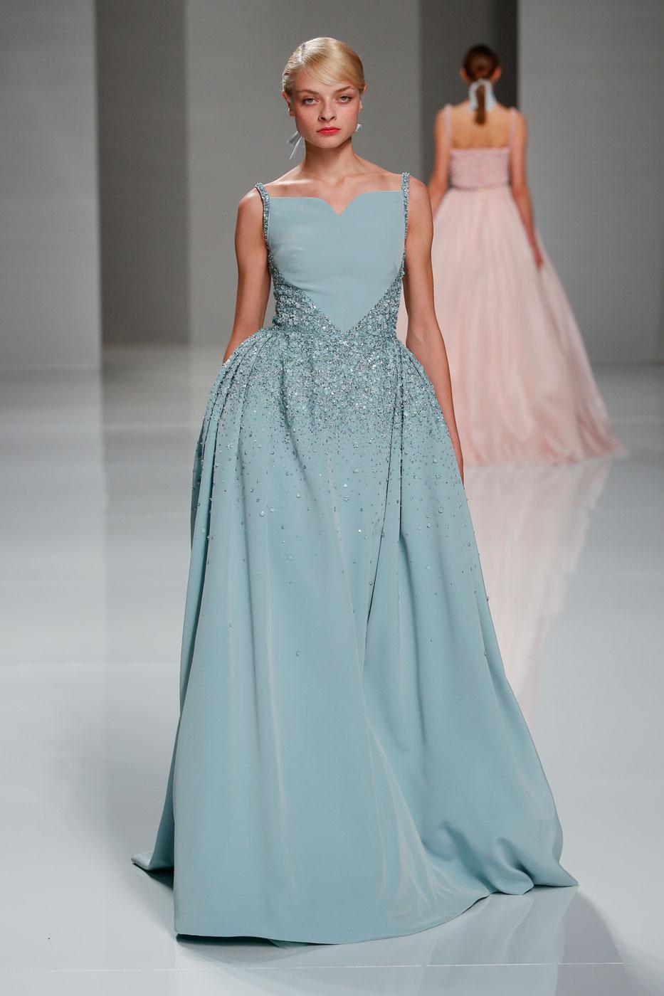 Georges-Hobeika-fashion-runway-show-haute-couture-paris-spring-2015-the-impression-45