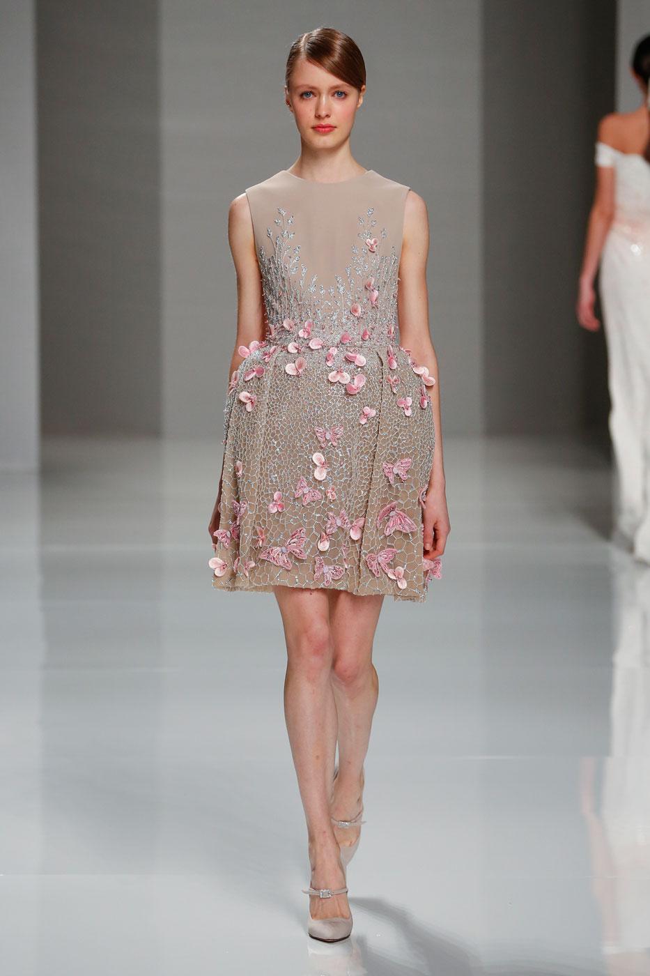 Georges-Hobeika-fashion-runway-show-haute-couture-paris-spring-2015-the-impression-49
