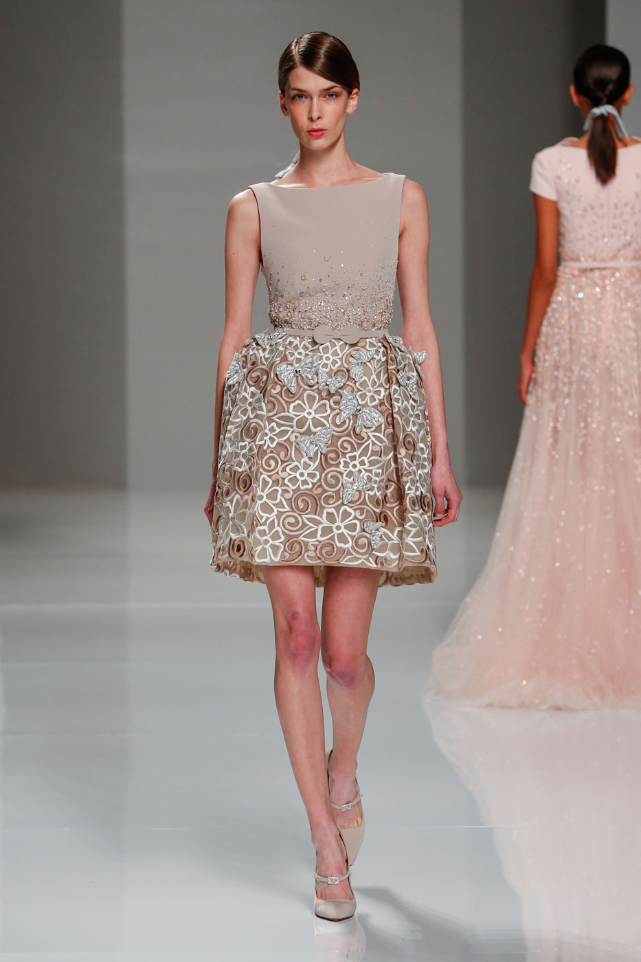 Georges-Hobeika-fashion-runway-show-haute-couture-paris-spring-2015-the-impression-53