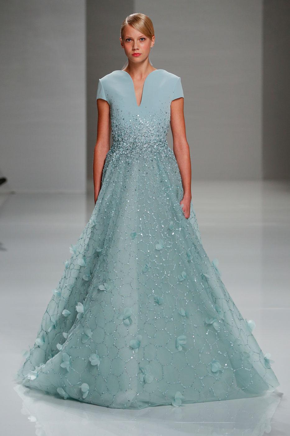 Georges-Hobeika-fashion-runway-show-haute-couture-paris-spring-2015-the-impression-75