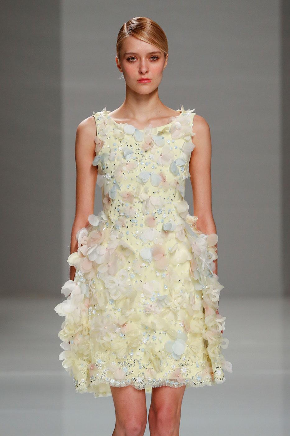 Georges-Hobeika-fashion-runway-show-haute-couture-paris-spring-2015-the-impression-80