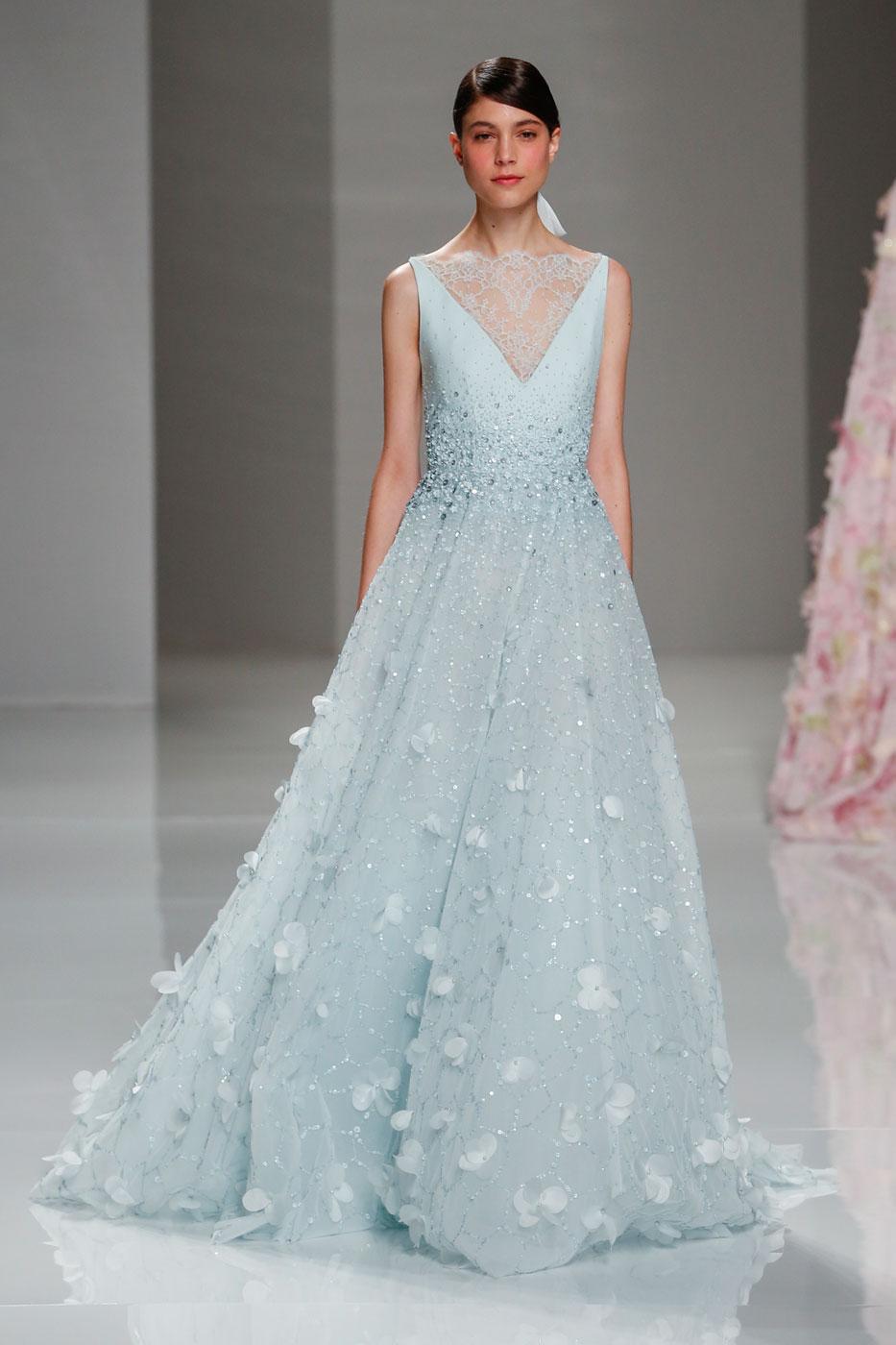 Georges-Hobeika-fashion-runway-show-haute-couture-paris-spring-2015-the-impression-83