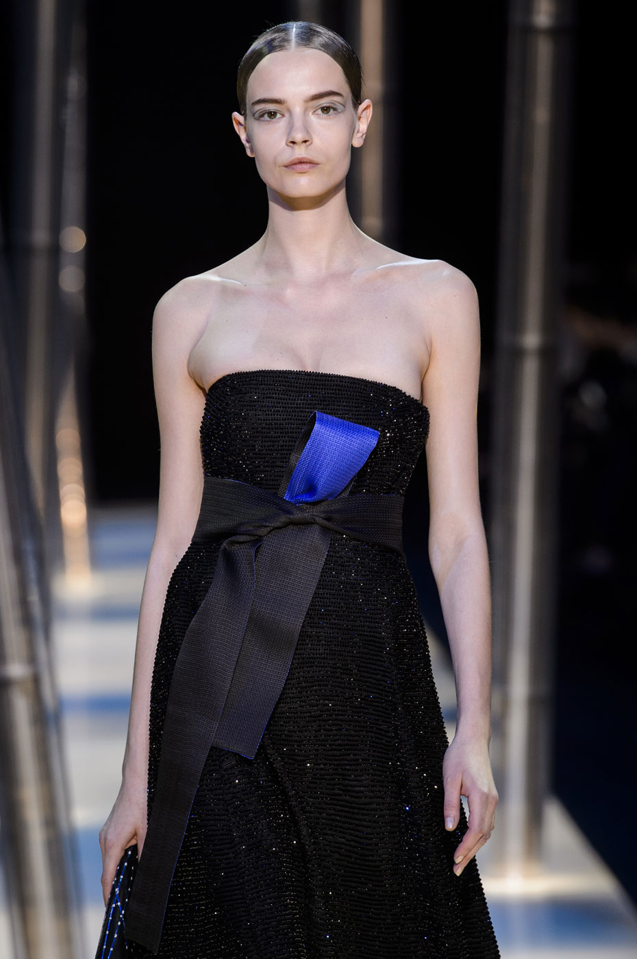 Giorgio-armani-Prive-fashion-runway-show-haute-couture-paris-spring-2015-the-impression-140