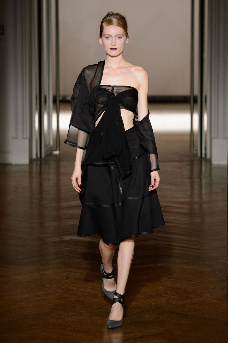 Gustavolins-Prive-fashion-runway-show-haute-couture-paris-spring-2015-the-impression-41