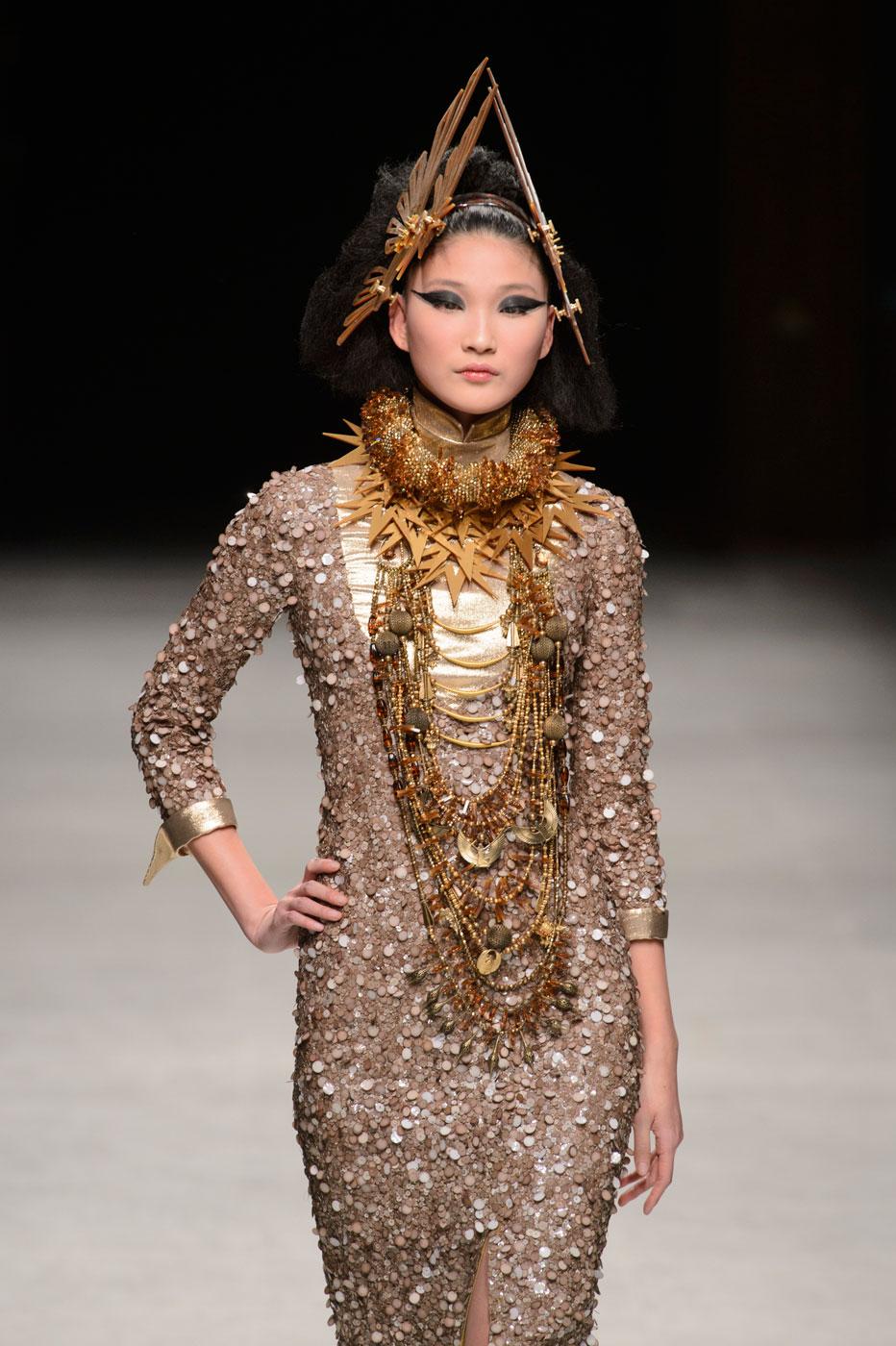 Julien-Fournie-Prive-fashion-runway-show-haute-couture-paris-spring-2015-the-impression-59