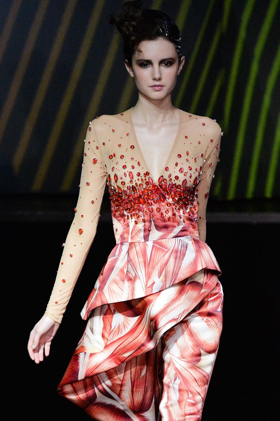 On-Aura-Tout-Vu-fashion-runway-show-haute-couture-paris-spring-summer-2015-the-impression-24