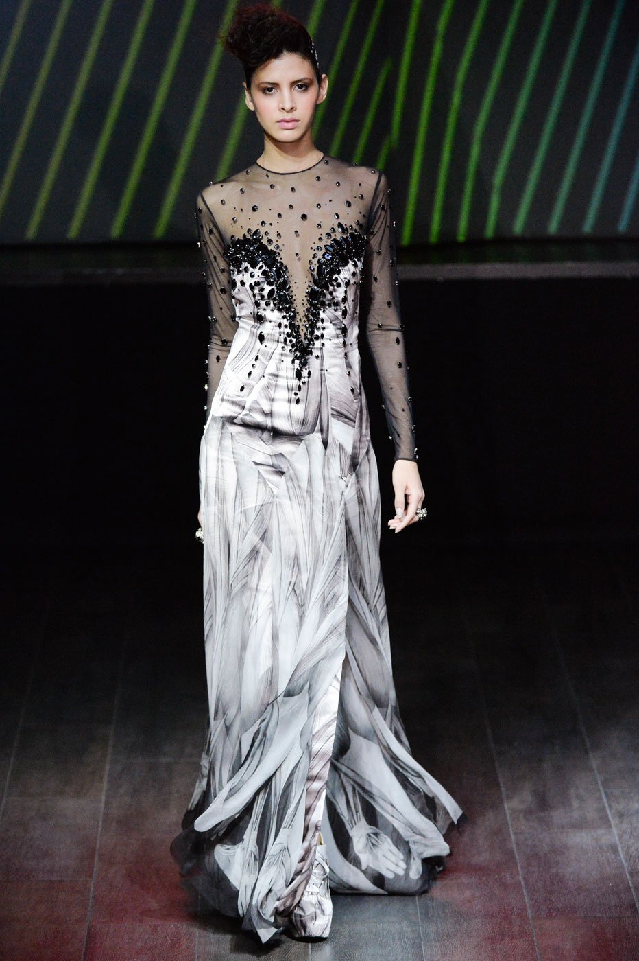 On-Aura-Tout-Vu-fashion-runway-show-haute-couture-paris-spring-summer-2015-the-impression-27