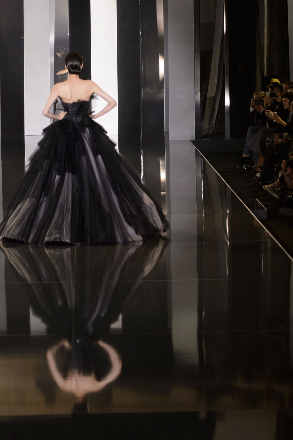 Ralph and Russo HC RF14 5870