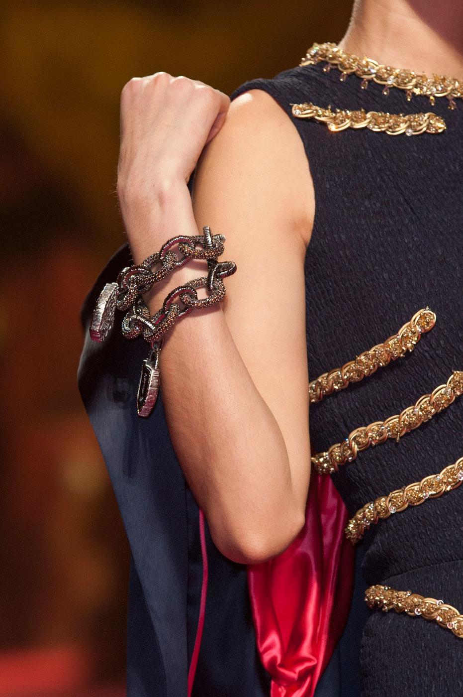 Schiaparelli-fashion-runway-show-close-ups-haute-couture-paris-spring-summer-2015-the-impression-12