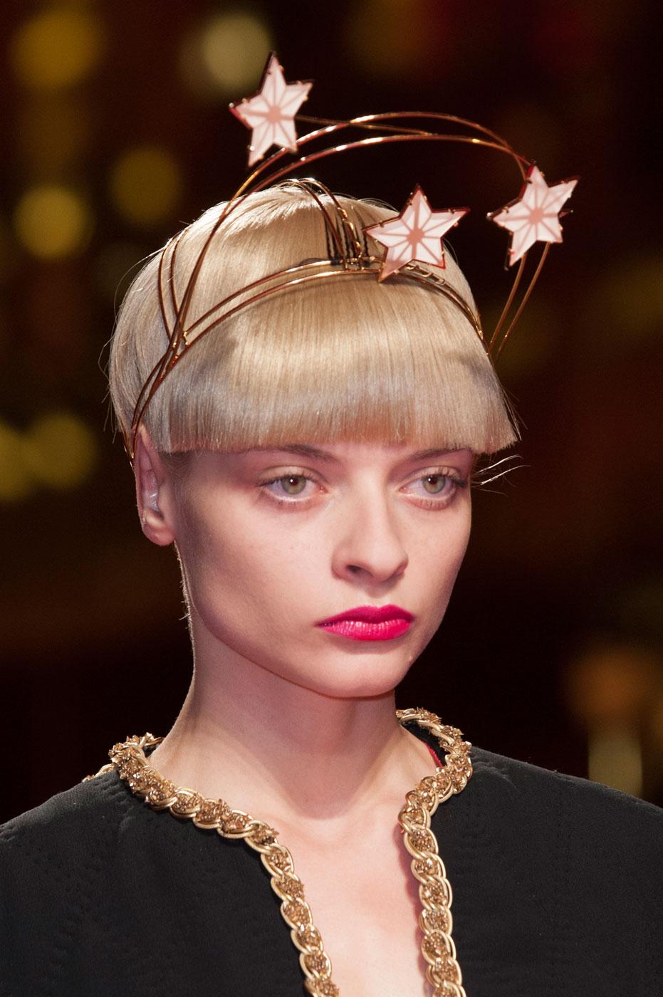 Schiaparelli-fashion-runway-show-close-ups-haute-couture-paris-spring-summer-2015-the-impression-14