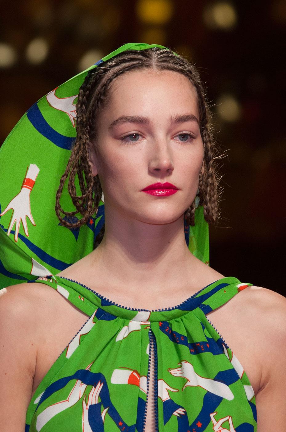 Schiaparelli-fashion-runway-show-close-ups-haute-couture-paris-spring-summer-2015-the-impression-31