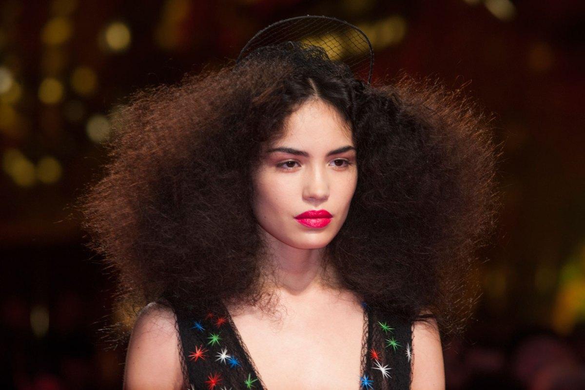 Schiaparelli-fashion-runway-show-close-ups-haute-couture-paris-spring-summer-2015-the-impression-32