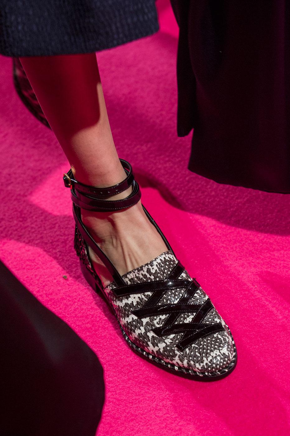 Schiaparelli-fashion-runway-show-close-ups-haute-couture-paris-spring-summer-2015-the-impression-59
