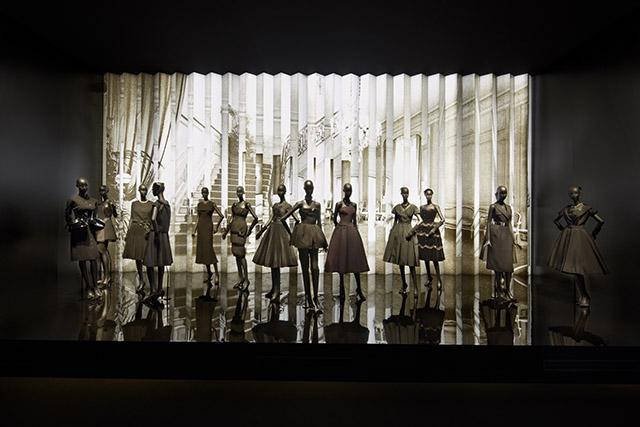 03_Paris_-_Esprit_Dior_Seoul_-_Bakas