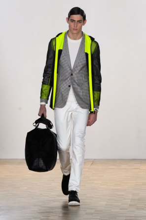 Hardy-Amies-spring-2016-mens-show-the-impression-27