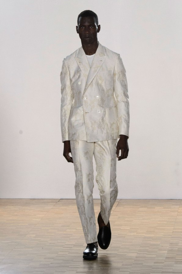 Hardy-Amies-spring-2016-mens-show-the-impression-33